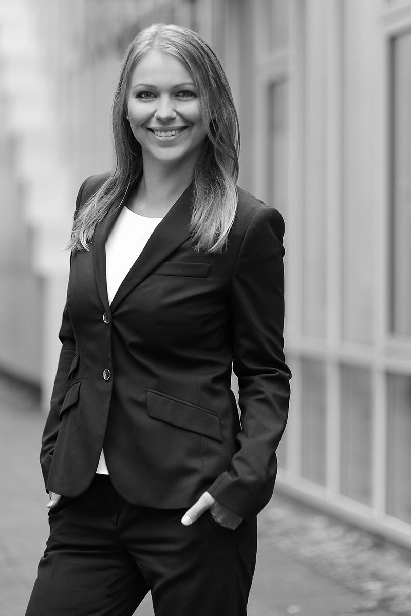 Rechtsanwältin Eleonora Stelle